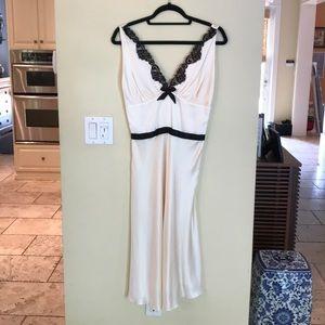 Miguelina Classic Silk Midi Dress Sz:M